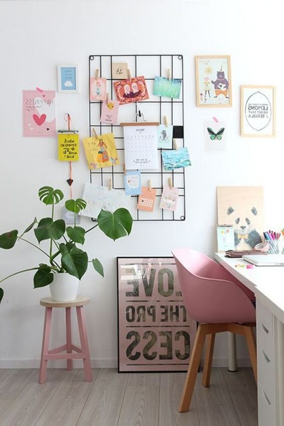 Wall space with wall art Inspiring office