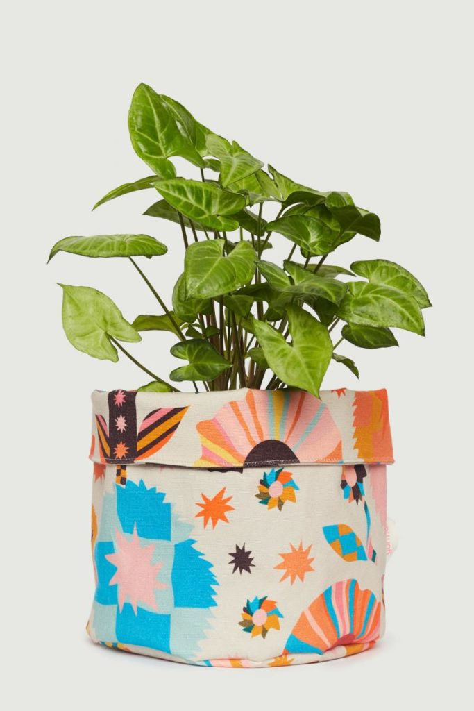 Plant cover pattern pouch colourful The Style Index