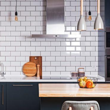 Showroom Kitchen updates on a budget