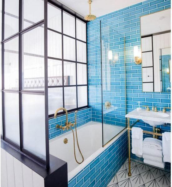 Latest Interior Trend – The Bold Bathroom