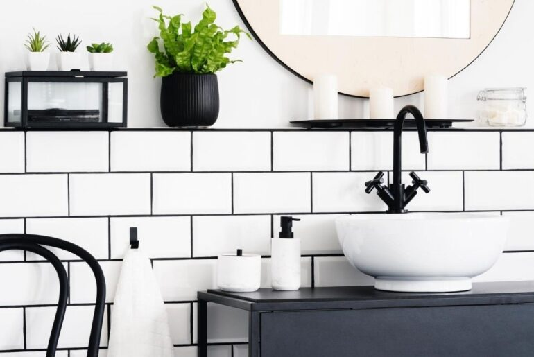 20 Small Bathroom Ideas and Designs to copy!